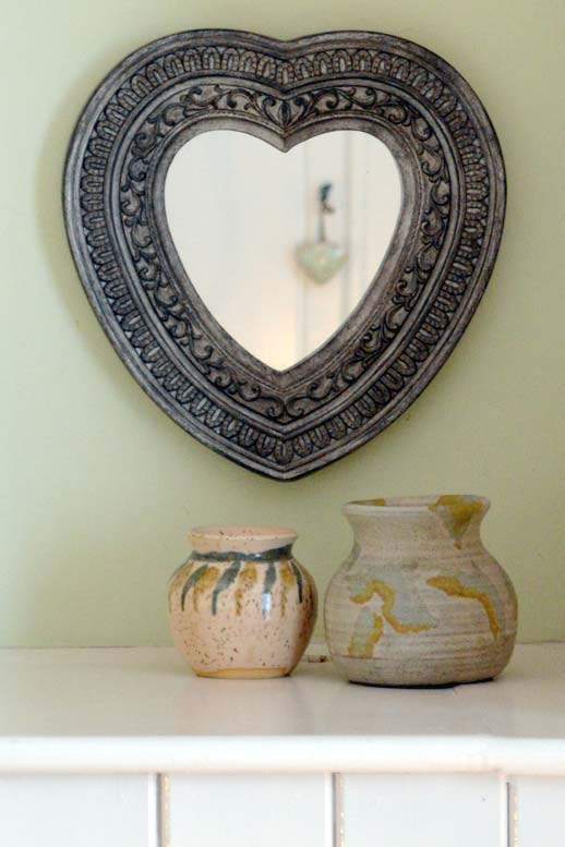 Photo: mirror at Chandler's Cottage